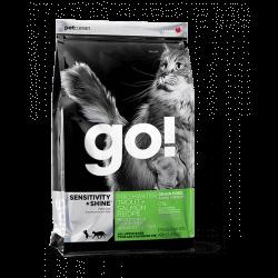 GO! Sensitive Shine Grain Free pro kočky se pstruhem a lososem
